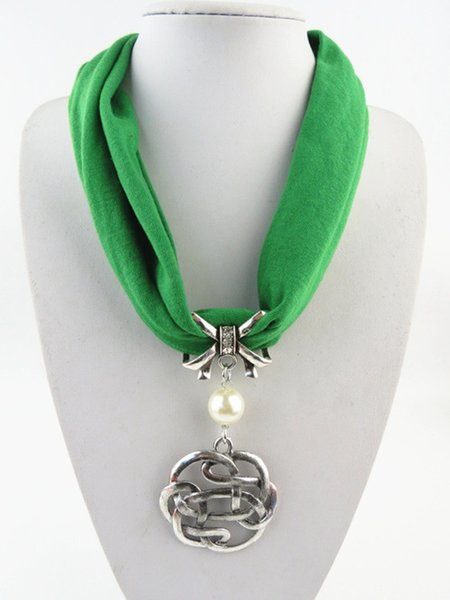 Short Chain Pendent Charm Scarf Necklace Beautiful Multicolor Woman Metal Alloy Jewelry Pendant Scarf Jewelry Scarves