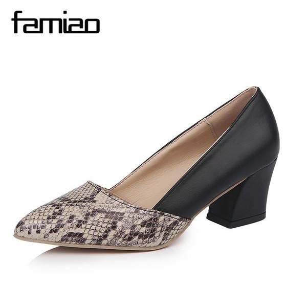 Vestido 2019 FAMIAO OL bombas de piel de serpiente zapatos de mujer zapatos de mujer zapatos de vestir de moda talón cuadrado resbalón en damas