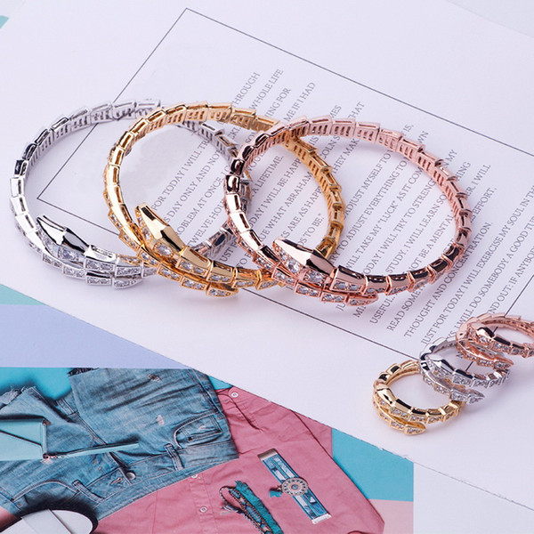 Luxury Fashion Brand Ювелирные Наборы Леди Латунь Полный Бриллиант Одноместный Wrap Змея Serpenti 18 К Золото Открытые Узкие Браслеты Кольца Наборы (1 Компл.)