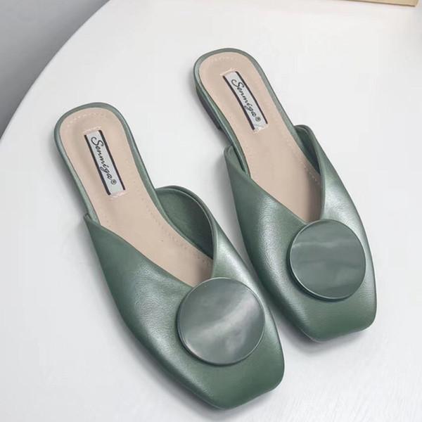 Дизайнер Вьетнамки женщин Роскошные меха Слайды Дизайнерская обувь Баскетбольная обувь Лучшие качества Известные Кроссовки Кроссовки Обувь с коробкой