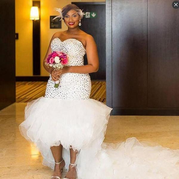 Abiti da sposa da sposa a sirena africana di cristallo alto basso di lusso Abiti da sposa Plus size Increspature Sweetheart Organza Nuovi abiti da sposa economici