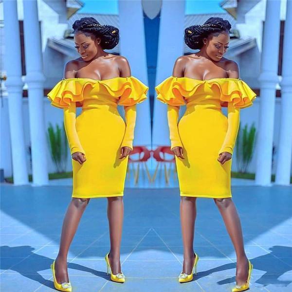 Abiti da ballo corti giallo brillante Abiti da spalla sexy con spalle lunghe Maniche lunghe Abiti da sera Guaina Lunghezza da cocktail Abito da cocktail economici