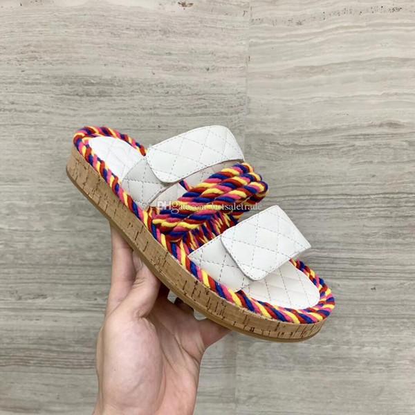 Kordon Katırları Terlik Kadın Tıknaz Topuk Düz Terlik Lüks Renkli Flip Flop Moda Açık Scuffs Kadınlar Beyaz Terlik