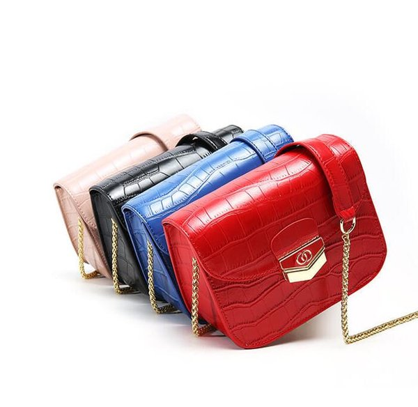 New chain small square bag female senior texture female bag foreign air simple versatile shoulder Messenger bag