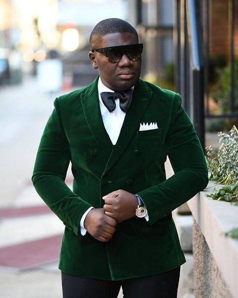 New Stylish Design Groom Tuxedos Double Breasted Green Velvet Peak Lapel Groomsmen Best Man Suit Mens Wedding Suits (Jacket+Pants+Tie) 924