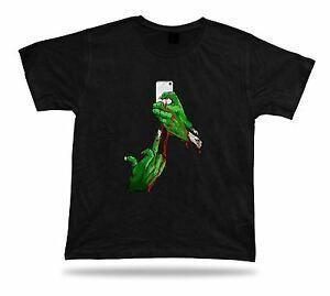 Tshirt Camiseta Idéia Presente de Aniversário Selfie Zumbi Dedo Creepy Punk Meme Engraçado
