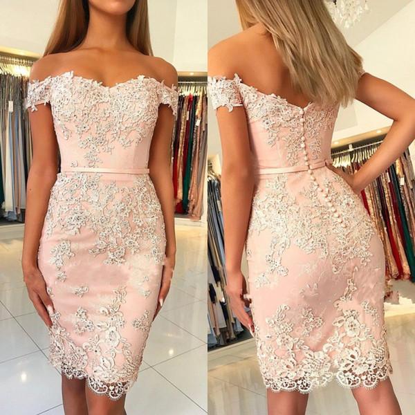 Rosa claro vestidos de cóctel correas espaguetis cariño vaina de encaje apliques por encima de la rodilla mujeres atractivas cortos vestidos de fiesta de baile