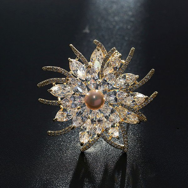 wholesale Mirco Pave CZ Zircon Pins and Brooches Luxury Marquise Crystal Freshwater Pearl Flower Brooch for Women Men Suit Accessory