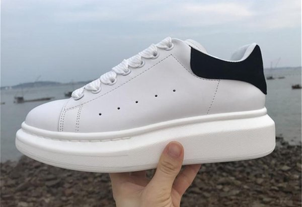 Alexander McQueen Designer Männer Freizeitschuhe Günstige Beste Qualität Herren Damenmode Turnschuhe Party Plateauschuhe Samt Chaussures Turnschuhe