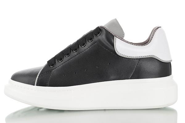 Scarpe da donna 3M riflettenti da donna Scarpe da ginnastica belle piattaforma Sneakers casual Designer di lusso Scarpe in pelle con colori solidi Scarpa 7db