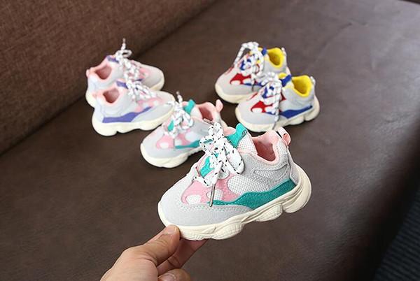 2019 Otoño Bebé Niña Niño Niño Zapatos casuales para correr Bottom Soft Bottom Cómodo Costura Color Zapatillas de deporte para niños