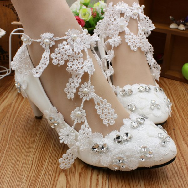 Women Fashion Luxurious Pearls Crystals Wedding Shoes Handmade Lace High Heels Floral Rhinestone Bridal Dress Shoes Party Prom Shoes Sandals