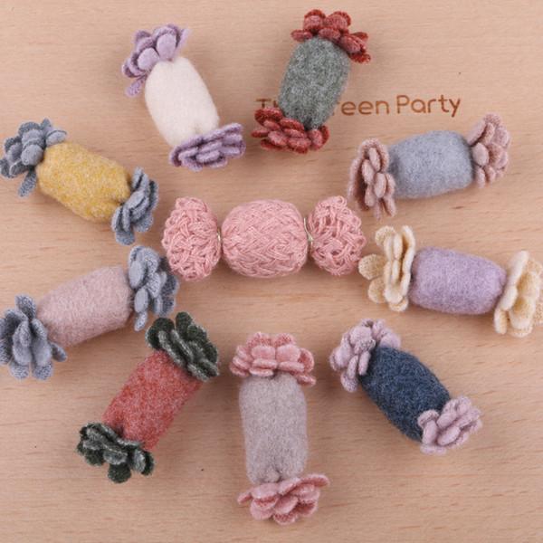 Nouvelle Arrivée 40pcs / Lot Main Tissu Non Tissé 3D Floral Bonbons Bouton Stickers Crochet DIY Cheveux bijoux Ornement Accessoires