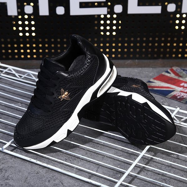 New high-incubation casual shoes The first layer of leather super-wearing air cushion is increased by 3 cm in the bottom. The bottom thickne