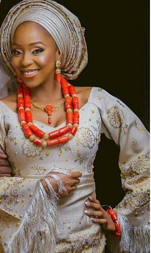 Роскошный коралловый комплект ювелирных изделий для леди Африканская свадьба коралловые бусы невесты подарок дубай золото женщины костюм бижутерия 2018 CNR047