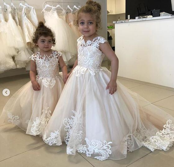 Cheap Lace Flowers Flower Girl Dresses Cap Sleeves Elegant Little Girl Wedding Dresses Vintage Pageant Dresses Gowns F086 Australia 2020 From