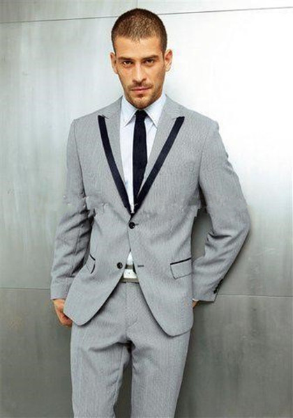 New Classic Design Light Grey Groom Tuxedos Groomsmen Best Man Suit Mens Wedding Suits Bridegroom Business Suits (Jacket+Pants+Tie) 1022