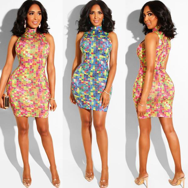 Горячие сверления Цветные летние платья без рукавов Тощие женские платья Bodycon Клубные платья-карандаш
