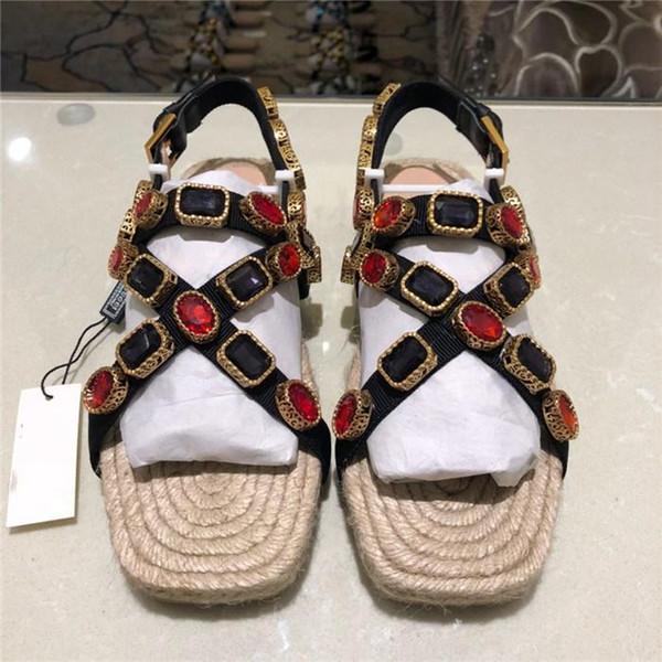 2019 nuevas sandalias Flashtrek Sneaker con tachas de cristales, sandalias de cordón de senderismo de verano en cuero metalizado para mujeres