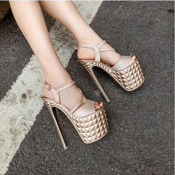 2019 NUEVAS mujeres atractivas sandalias Peep Toes plataforma zapatos de verano tacones hebilla Glitter oro blanco negro 19cm envío gratis