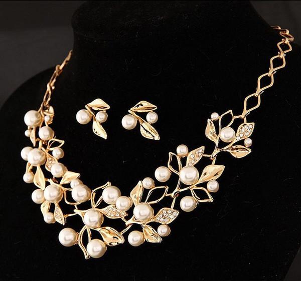 Fashion Beads Set di gioielli di colore oro 2 pezzi da sposa collana girocollo e orecchini set simulato perla accessorio da sposa perfetto
