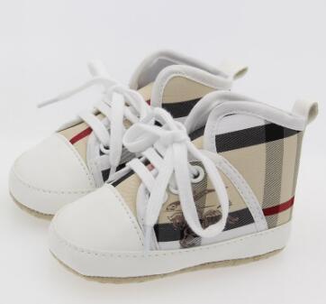 YENI Ekose Bebekler Erkek Kız Ayakkabı Sole Yumuşak Tuval Yenidoğan Toddler Beşik Moccasins Için Katı Ayakkabı 3 Renkler. Ücretsiz kargo