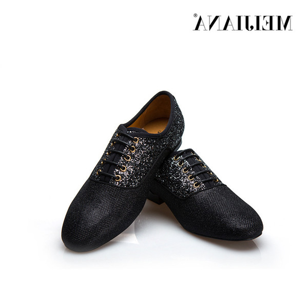Leather Man Business Casual Nightclub Man Leather Male Fashion Hot Selling Men Shoes Dress Shoes