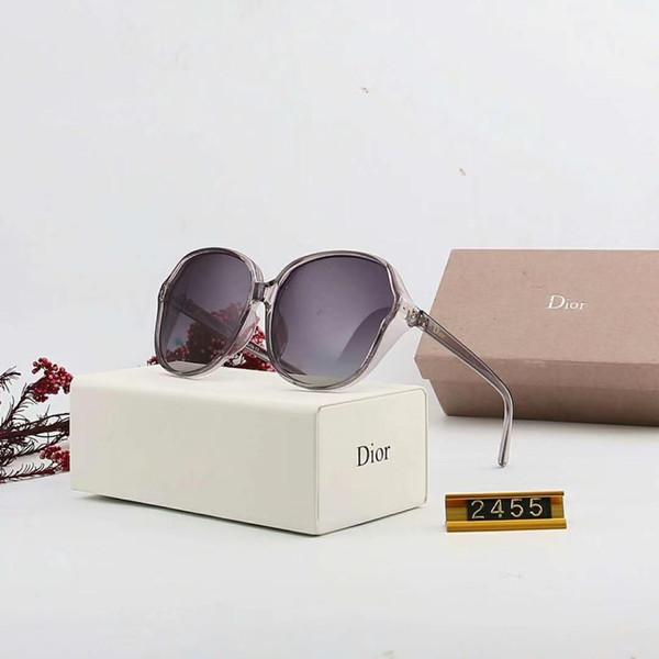 Tasarımcı güneş gözlüğü lüks güneş gözlüğü Moda Kadınlar için Süper hafif Hiçbir Vida ile Anti Basınç Gözlük Sürüş UV400 Adumbral Kutu 6 renk