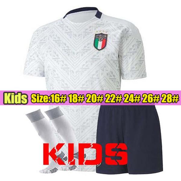 إيطاليا بعيدا الاطفال البيض مع الجوارب