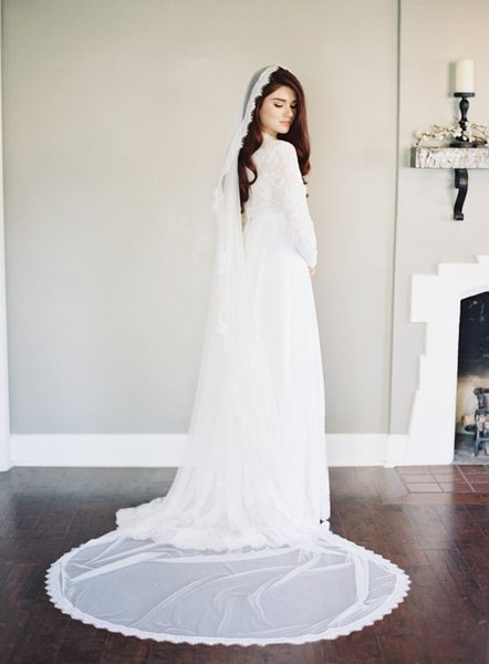 Hot Best Selling picture fashion One Layer Chapel Length Lace Applique Edge Custom White Ivory Alloy Comb Wedding Veil Meidingqianna Brand