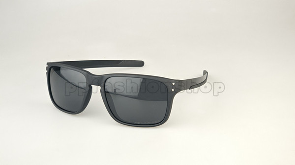 Gafas de sol 77Brown_Only con logo.