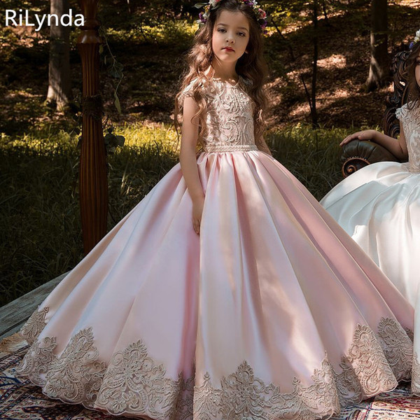 Yeni Çiçek Kız Elbise Yüksek Kaliteli Dantel Aplikler Boncuk Abiye Boncuk Kat Uzunluk Yarışması İlk Communion Elbise