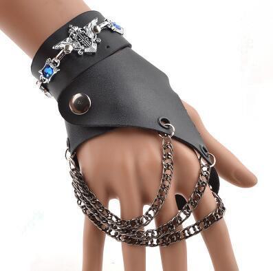 اليد اليمنى black3