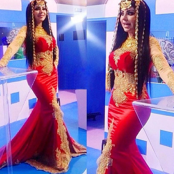 Hot Fashion Muslim Arabic Red Evening Dresses Long Sleeves Dubai Pakistan Long Maxi Formal Prom Wear Gowns Gold Lace High Neck Vintage party