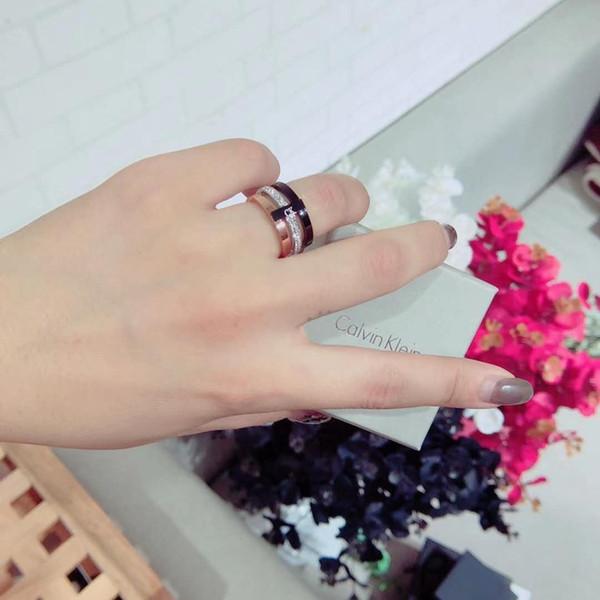 2019 nouvelle personnalité de la lettre CK rouge net anneau en acier de titane de la mode coréenne lumière luxe petite foule anneau femelle design