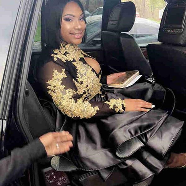 Short Prom Dresses Black A Line Satin With Gold Appliqued High Neck Long Sleeve Evening Gowns Robe De Soiree