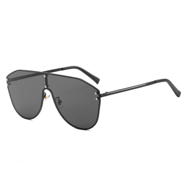 2019 New Fashion Sunglasses Women Men Metal Frame Oversized Sun Glasses Vintage Brand Designer One Piece Sunglass UV400 Shades