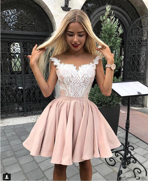 top popular Elegant Sheer Cap Sleeves Satin A Line Homecoming Dresses 2019 Tulle Lace Applique Knee Length Short Party Prom Dresses BC1962 2020