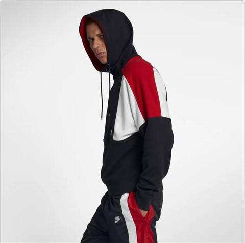 2019 camisola Men Windbreaker Jackets Hoodies pulôver Meio Zipper com capuz Casual Marca Designer manga comprida Sports outono LJJ98284 Correndo
