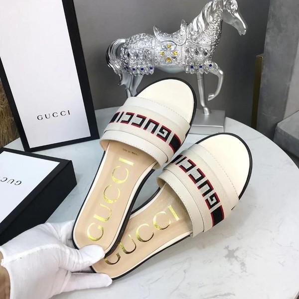 Best Summer Brand Designer women Flip flops Slipper Luxury Fashion Genuine Leather slides sandals Metal Chain Ladies Casual shoes