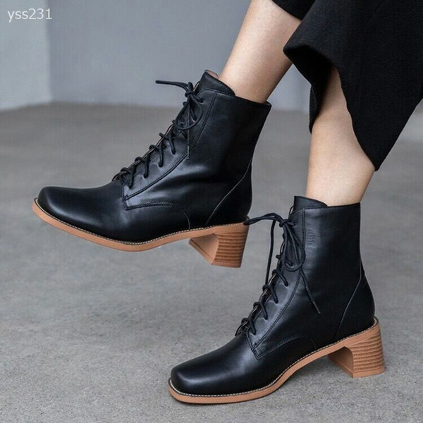 2020 classic thick heel mid-heel short boots children's shoes winter plus velvet wild lace up square toe short boots factory direct sales