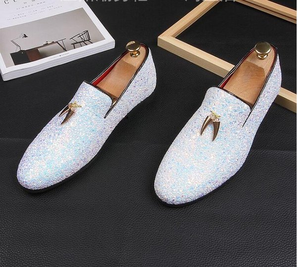 Scarpe da uomo brillantini Nuovi appartamenti moda casual da uomo Scarpe eleganti da uomo con paillettes Scarpe da guida con plateau da uomo