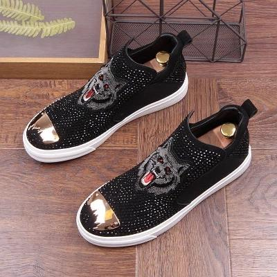 2019 New Tide Genuine Leather Rhinestone Wolf Fashion Men's Casual Shoes Short Boot Outdoor Loafers High Shoes For Men