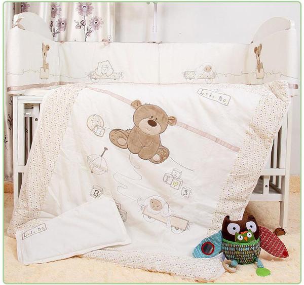 Juego de ropa de cama para bebés mayor-7pcs para cuna Ropa de cama de bebé recién nacido para edredones de cuna desmontables para el niño de dibujos animados de niña niño