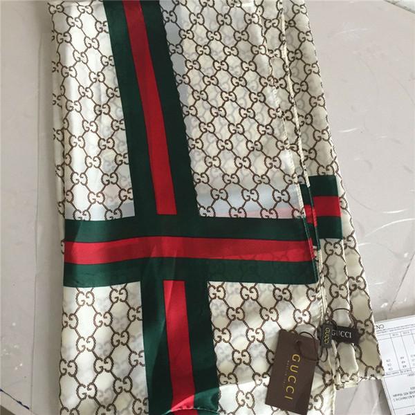 Marque foulards de soie abeille classique imprimés foulards de soie foulards de soie douces et légères des femmes à la mode serviette de plage 190 * 80cm