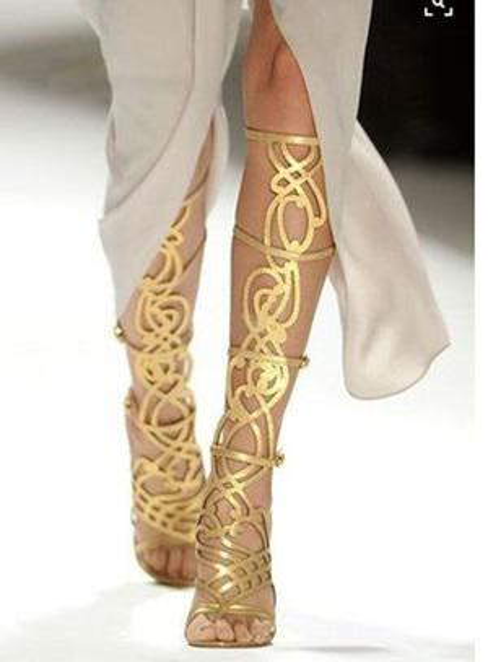 Золотое Зеркало Выдалбливают Женские Колено Высокие Сандалии Сапоги Тонкий Высокий Каблук Бестселлер Обувь Лазерная Резка Шоу Обувь Кейдж Классические Сапоги