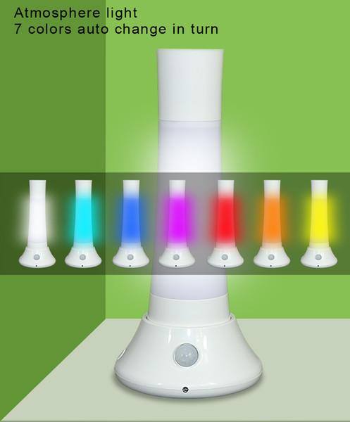 Nouvelle fonction multifonctionnelle 6 fonctions. Lampe de poche à atmosphère inductive et magnétique à LED colorée avec base de chargement flottante et ligne de charge.