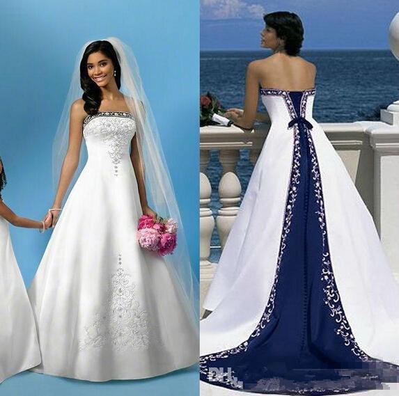 Vintage weiße und blaue Satin Strand Brautkleider trägerlosen Stickerei eine Linie Kapelle Zug Korsett Braut Hochzeit Kleider für die Kirche