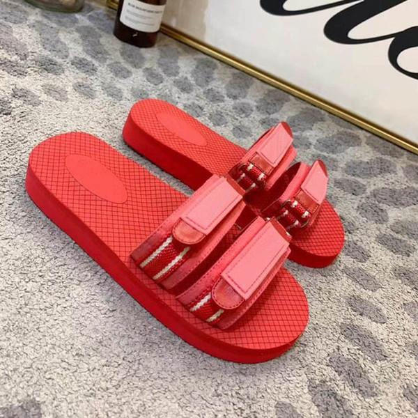 wqq20111120 / Zapatos de diseño Zapatillas de diseñador de lujo Sandalias de PVC transparente Zapatillas de jalea MULES Diseñador de moda Zapatos de mujer Con z