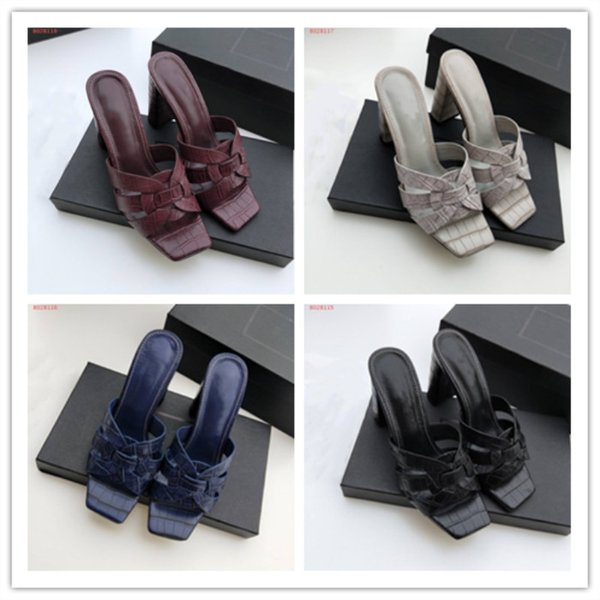Summer new leather thick with fashionable casual wear flip flops slip - resistant casual wear wear old women\'s slippers